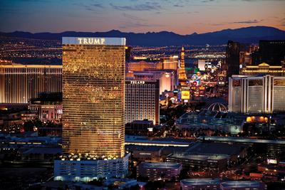 7500 Points at Hilton Las Vegas Trump Towers 2 Bed